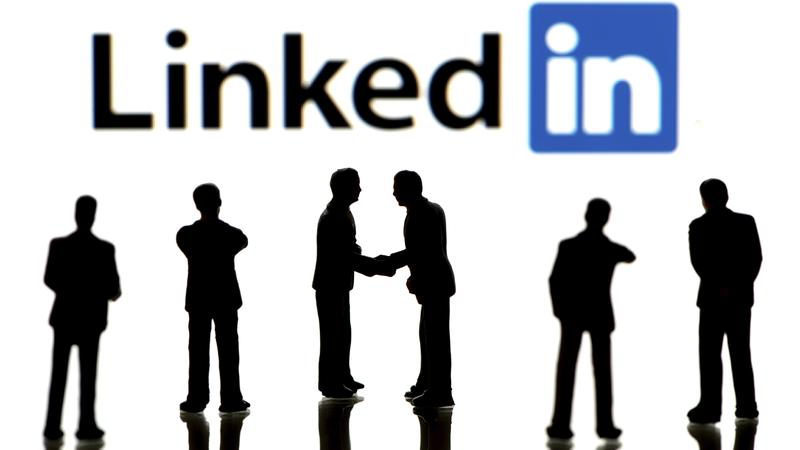 Getting Linked To LinkedIn – The Door To Social Media Professionalism